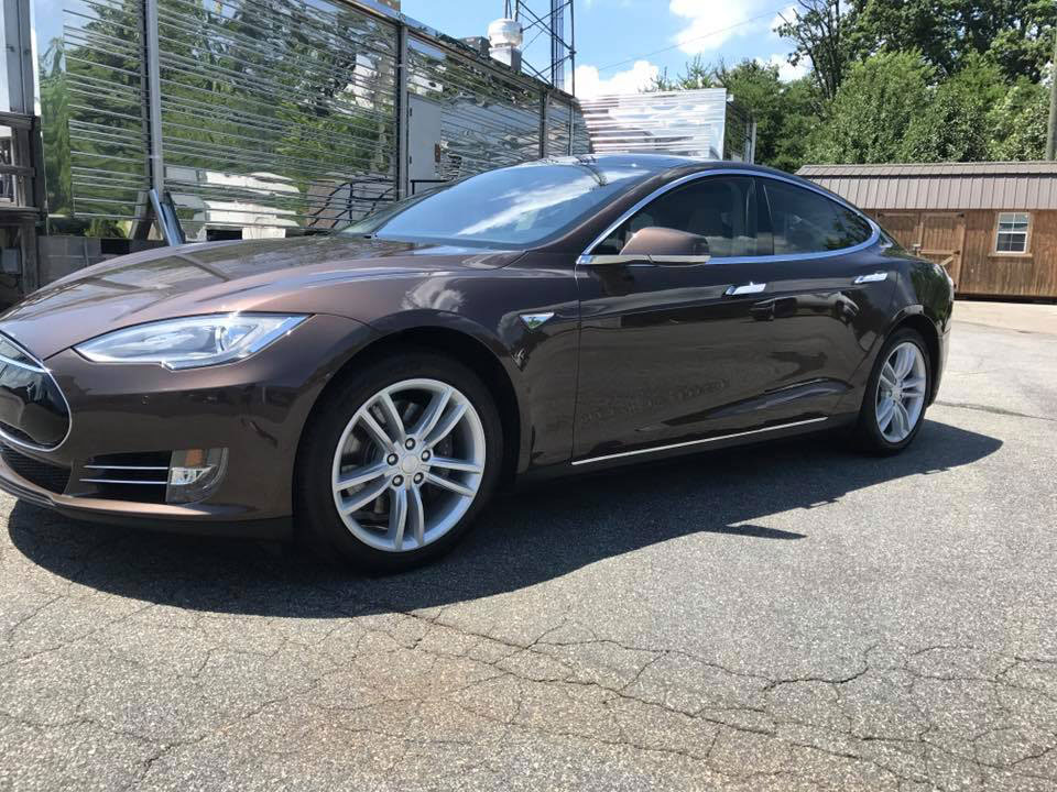 Tesla S with LLumar CTX 40 and AIR 80 window tint